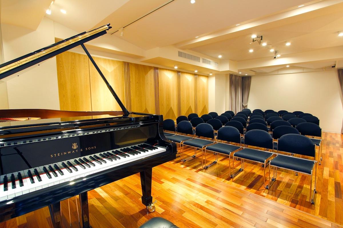 閑静な超高級住宅街に突如現れたピアノスタジオノア田園調布店、その全貌とはいかに!