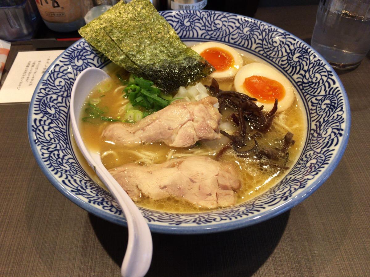 濃厚鶏白湯 真白:サウンドスタジオノア野方店